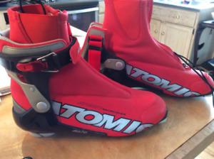 Skate ski boot