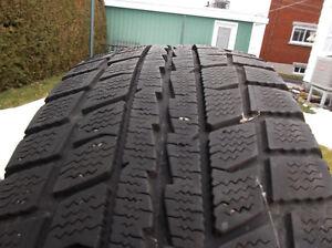 4 pneus hiver Dunlop Graspic 175 65 r14