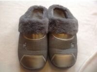 WINTER FAUX FUR LINING MI SLIPPERS INDOOR MULE SIZE 7 USED £4 both