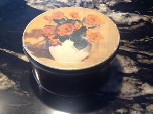 Red Rose tin