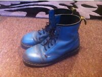 Vintage genuine pair Dr Martens 8 hole boots in blue size 9 UK