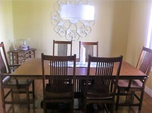 Dining Room Table and 8 chairs, custom made Mennonite quality!