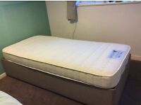 excellent condition, fully adjustable electric single bed