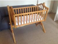 Mamas and papas swinging cot crib