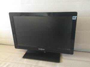 Small TV, with remote