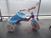 tricycle pour fillette, bonne aubaine