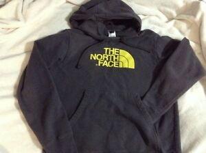 North Face sweater, hoodie, good condition