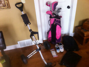 Ladies Right handed Golf Club Set