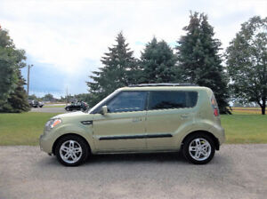 2010 Kia Soul 2U Hatchback- 4 Cylinder & Automatic.  Just 148K!!