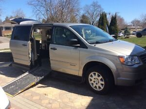 Wheelchair accessible chrysler town and country