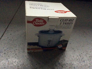 Betty Crocker 5 Cup Rice Cooker