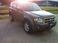 2011 Ford Escape AWD 100,000 KMS!