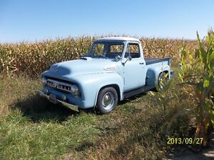 !956 Ford Pickup