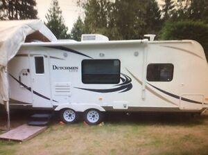 2011dutchman lite travel trailer  257RBGS 25' LIKE NEW