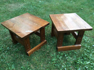 coffee / end table (only have 1)