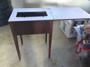 Sewing table Peterborough Peterborough Area image 3