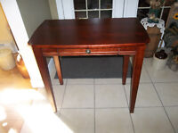 Wood table with one drawer