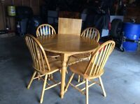 Oak table and oak chairs
