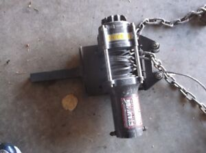 ATV / VEHICLE SMALL WINCH ....I USED THIS TO WINCH VEHICLES
