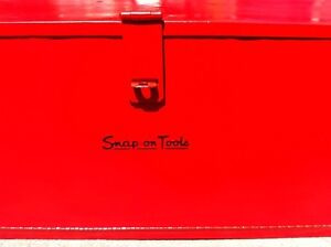 Snap-on road chest / toolbox