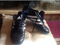 Adidas men's trainers size 7 used £5