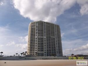 Gorgeous Oceanfront with Balcony on the Beach,access penthouse