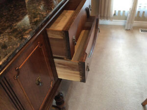 ANTIQUE CONSOLE SIDEBOARD - CABINET, A COLONIAL STYLE Kitchener / Waterloo Kitchener Area image 3