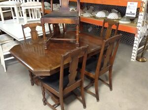 Dining Set (Table and chairs) #HFHGTA Newmarket ReStore