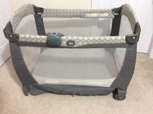 Graco Pack 'n Play Playard with Cuddle Cove