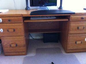 Scratch/Stain Resistant Shelf & Computer Desk