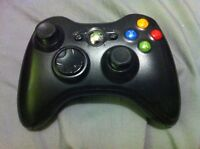 Black Xbox 360 controller with battery pack + batteries