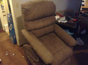 Lazyboy lift chair for sale 250.00