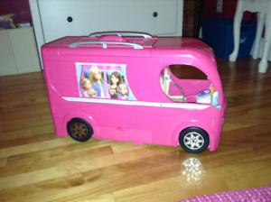 Véhicule récréatif  (campeur) pour poupée Barbie