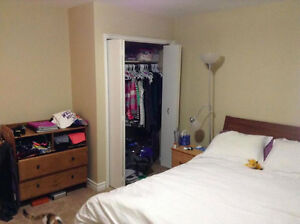 1 Bedroom Lease Takeover DEC 1st (close to uwo) London Ontario image 3