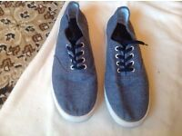 H&M men's trainers size 8 used £4