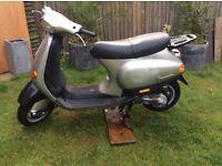 Vespa et 2 50cc one year mot 400ono