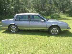 1990 Oldsmobile Ninety-Eight Sedan