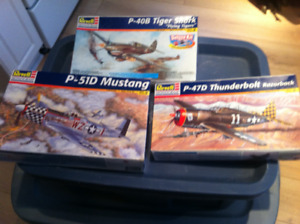 5 PLASTIC MODEL AIRPLANE KITS