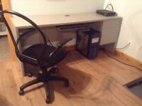 Office quality computer desk