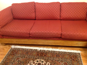 Couch great condition. Very clean. No pets. Non smoking.