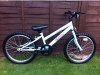 Girls trax mountain bike