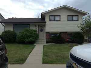 House rental avail June 1st Southr close to MHC
