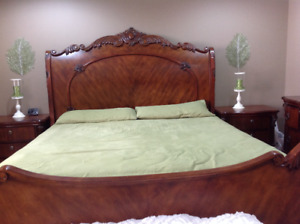 New 8piece king bed suite with mattress