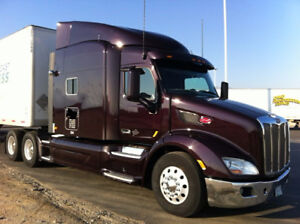 2015 Peterbilt 579 PLATINUM PACKAGE highway tractor