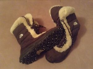 North face boots London Ontario image 2