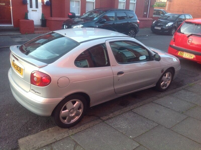 renault megane coupe 1 6 16v 2000 x reg in liverpool merseyside gumtree. Black Bedroom Furniture Sets. Home Design Ideas