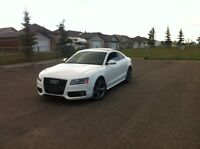 For sale 2010 audi a5 2.0 S-line