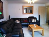 ** Double Room in Penthouse Style Luxury Apartment - The Academy Moseley B13 **