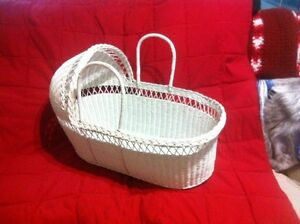 White wicker Basinet - new- Windsor Region Ontario image 1