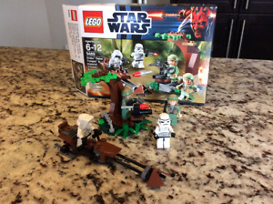 LEGO STAR WARS 9589 COMPLET ET COMME NEUF